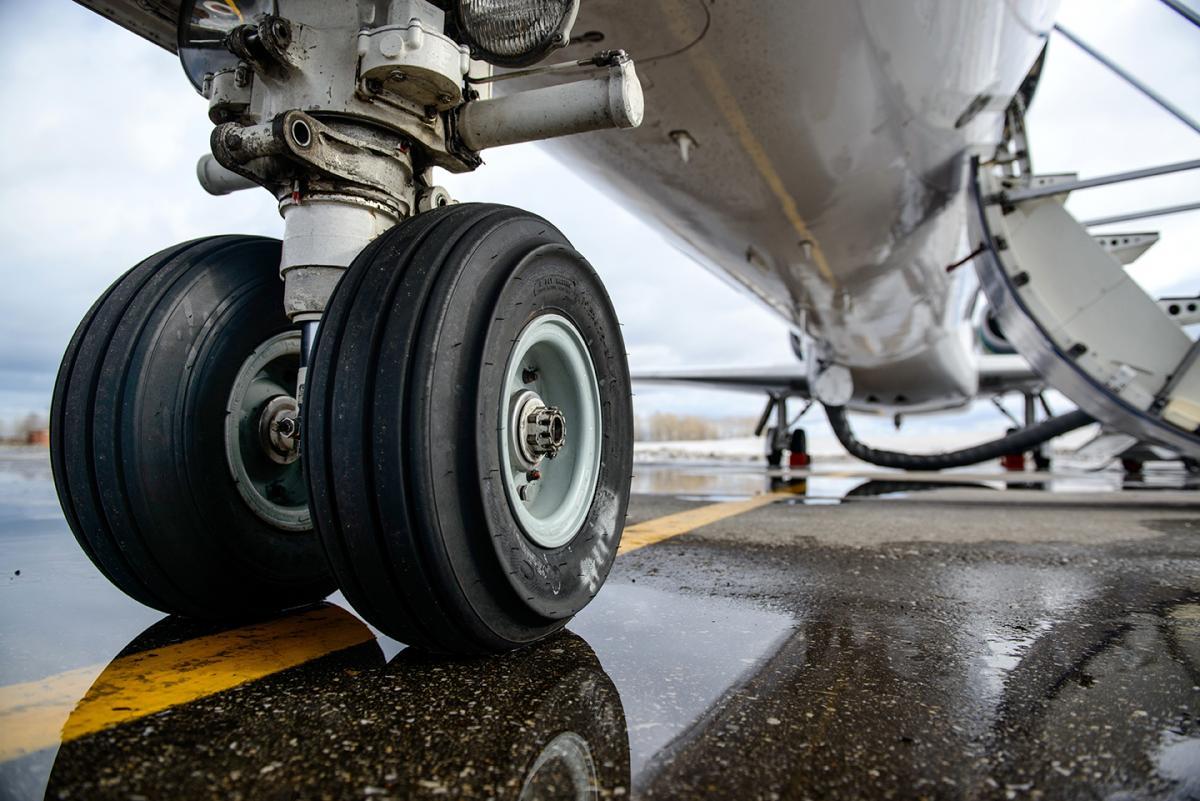 Landing Gear Aerospace Components Saint Gobain Seals